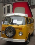 800px-Volkswagen_Type_2_Camper_(Byward_Auto_Classic).jpg